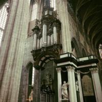 http://more.locloud.eu/content/pol_mayer/sint/PMa_B_STB_528_B_Gent.jpg